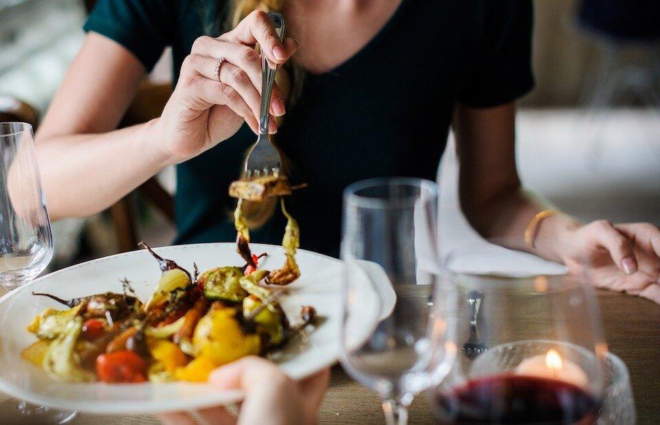 zasady jedzenia intuicyjnego